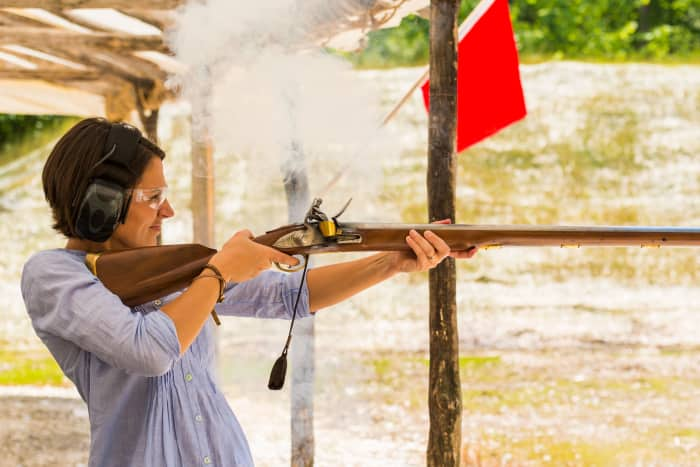 Smoke-musket-range-fire-woman-sun